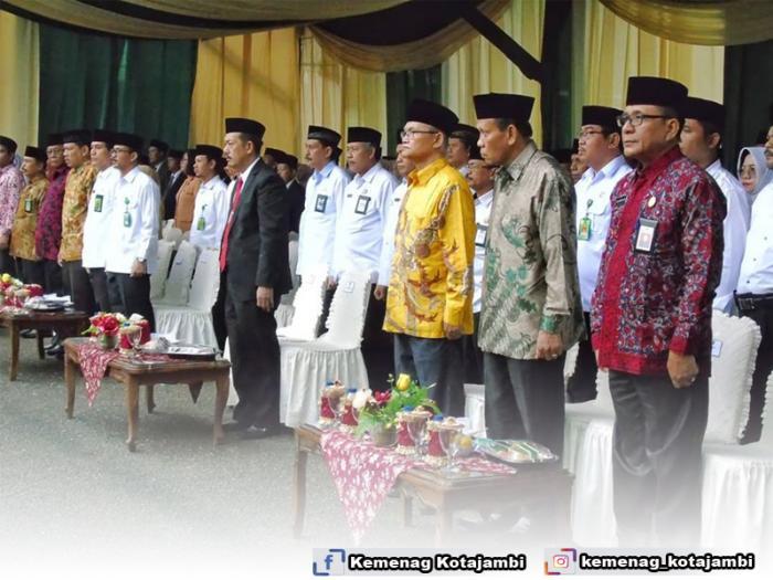 Ka.Kankemenag Kota Jambi Hadiri Upacara Hari Amal Bakti Ke 74 Kementerian Agama